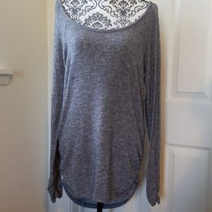 Long sleeve semi dressy top slight shimmer